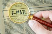 Hand Showing E-MAIL — Stock Photo