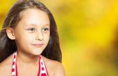 Autumn portrait of a positive young girl — Foto de Stock