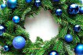 Blue ornament balls Christmas wreath — Stockfoto