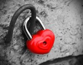 Heart lock  concept of love black and white photo  red vintage retro — Stock Photo