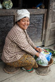 Local Woman Preparing Vegetables in Myanmar — Stock Photo