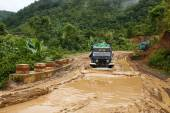 Extreme Driving Through Chin State, Myanmar — Stock Photo