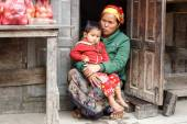 Local Woman holding Child in Myanmar — Stock Photo
