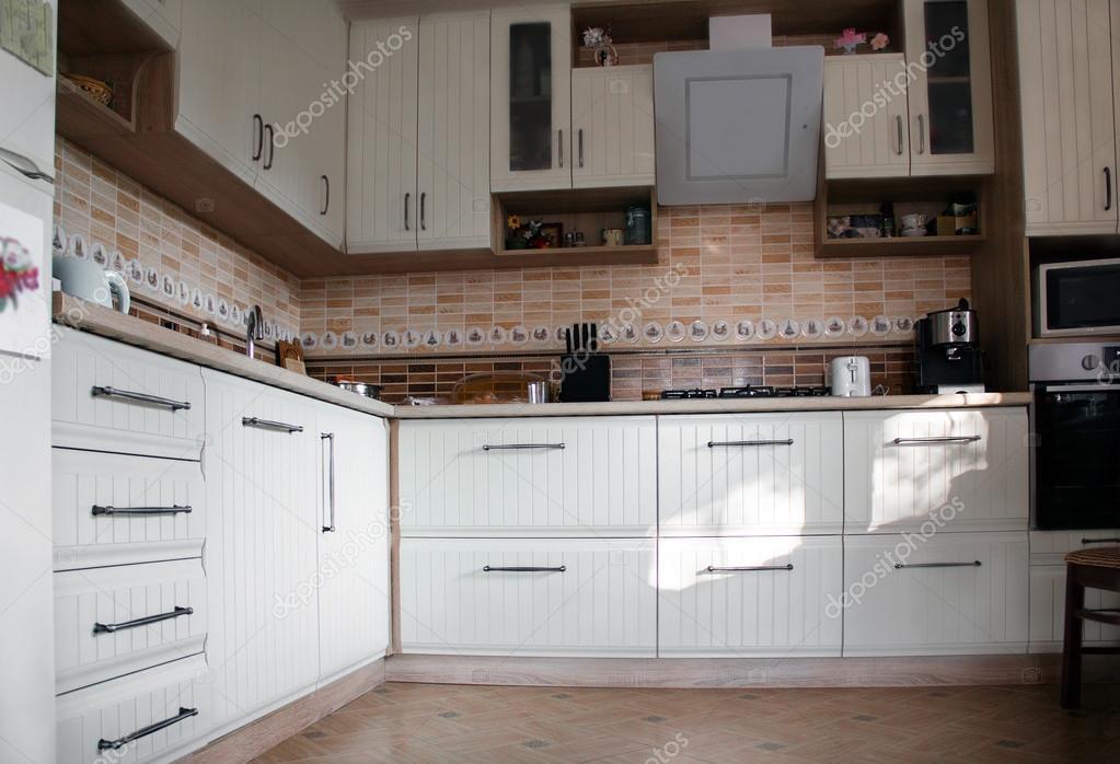 Witte mooie keuken — stockfoto © angelika #90979358