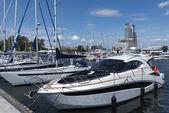 Лодки яхты в марине города Гдыня — Стоковое фото