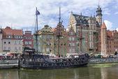 Pirátské turistické lodi v Gdaňsku, Polsko — Stock fotografie