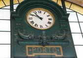 Old Clock in Sao Bento Railway Station, Porto — Stock Photo