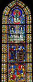 Stained Glass of King Solomon in Cathedral of Strasbourg — Stock Photo