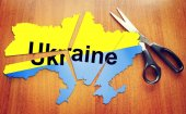 Cut map of Ukraine. Concept of disintegration of the country — Stock Photo