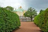 Palace and Park ensemble  in Oranienbaum — Stock Photo