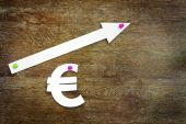 Concept of euro exchange rate growth — Stock Photo