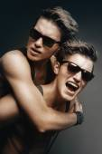 Two smiling brothers in sunglasses — Stock Photo