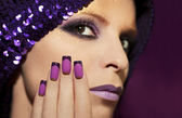 Purple French manicure . — Stockfoto