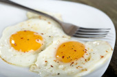 Two fried eggs — Stock Photo
