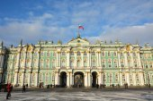 The famous Winter palace — Stock Photo