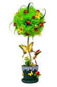Topiary decorative tree — Stock Photo