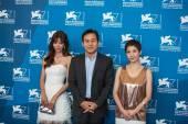 Kim Gyuri, Ahn Sungki and Kim Hyo Jung — Stock Photo