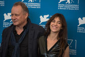 Charlotte Gainsbourg and Stellan Skarsgard — Stock Photo
