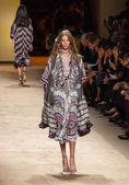 Etro - Milan Fashion Week Womenswear Spring-Summer 2015 — Stock Photo