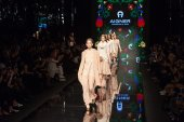 Aigner show at the Milan Fashion Week — Stock Photo