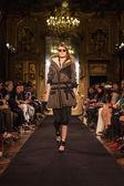 Milan Fashion Week Show'da Nicholas K — Stok fotoğraf