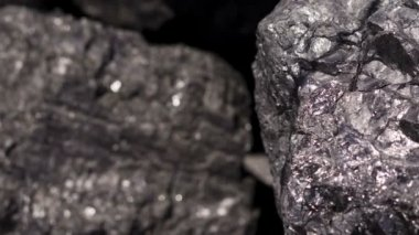 Carbon Graphite Ore Pan — Stockvideo