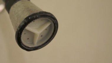 Shower Head Dripping Close Up Tilt — Stock Video