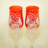 Two glasses for the newlyweds — Stock Photo