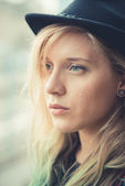 Beautiful young blonde hair woman hipster — Foto Stock