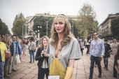 Eccentric and fashionable people during Milan fashion week 2014 — Stock Photo
