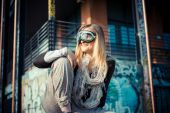 Beautiful woman in aviator glasses — ストック写真