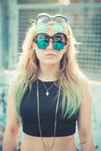 Beautiful young blonde hair woman hipster — Stockfoto
