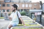 Modern man using smartphone — Stock fotografie