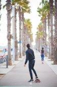 People walk in barceloneta — Stock Photo