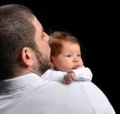 Gelukkig familie jonge vader en pasgeboren baby kind baby meisje ki — Stockfoto