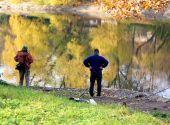 Fishermen on the river — Stock Photo