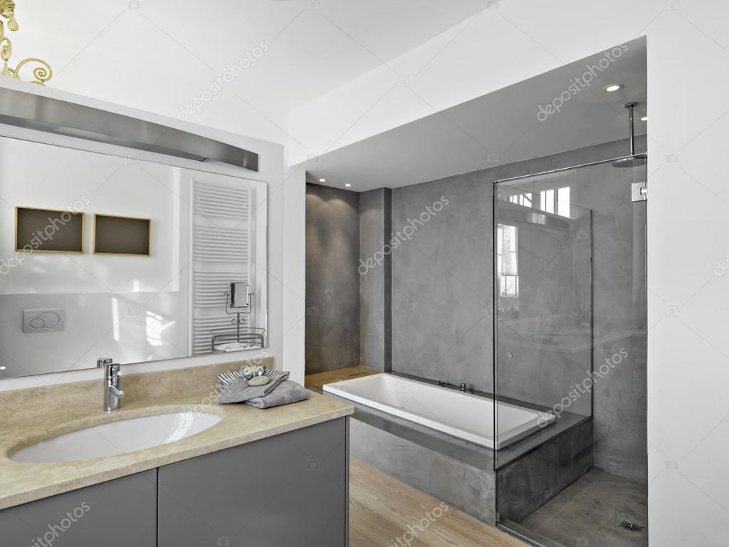 Modernt badrum — stockfotografi © aaphotograph #64359527