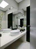 Detail of washbasin in a modern bathroom — Stock Photo