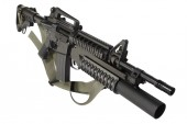 M4 carbine with M203 grenade launcher — Stock Photo