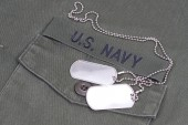 Us navy uniform with blank dog tags — Stock Photo