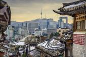 Seoul, South Korea Historic Distric and Skyline — Stock Photo