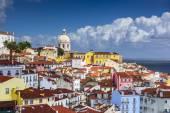 Lisbon, Portugal Skyline at Alfama — Foto de Stock
