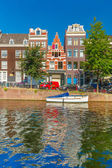 Amsterdam canals and typical houses, Holland, Netherlands. — Stock Photo