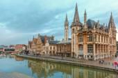 Quay Graslei in Ghent stad bij morning, België — Stockfoto
