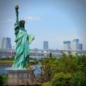 Tokyo Statue of Liberty — Stock Photo