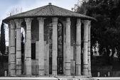 Temple of Hercule in Rome — Stock Photo