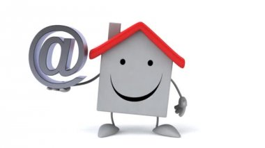 Cartoon house with email sign — Stock Video