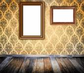 Old wooden frame on grunge wall. — Stock Photo