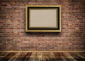 Vintage wooden frame on bricks wall. — Stok fotoğraf