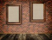 Old frames on a bricks wall. — Foto Stock
